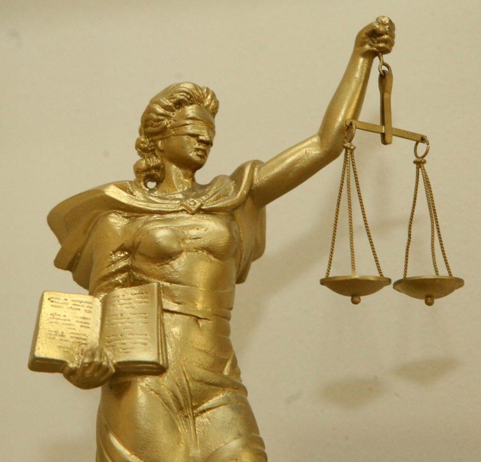 Po teisėjų korupcijos skandalo – rekordinis nepasitikėjimo teismais augimas