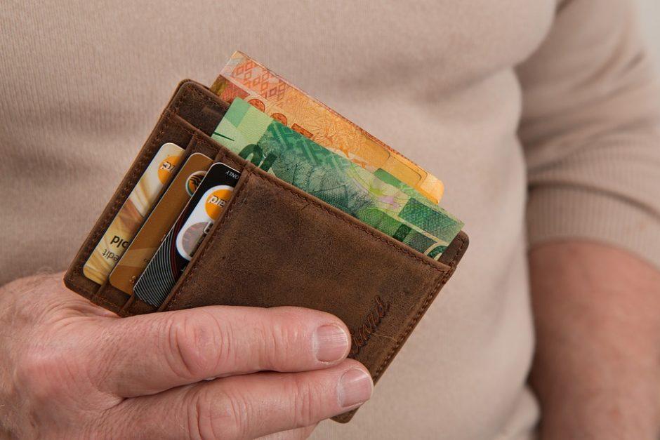 Minimalios algos didinimas: profsąjungos norėtų 450 eurų
