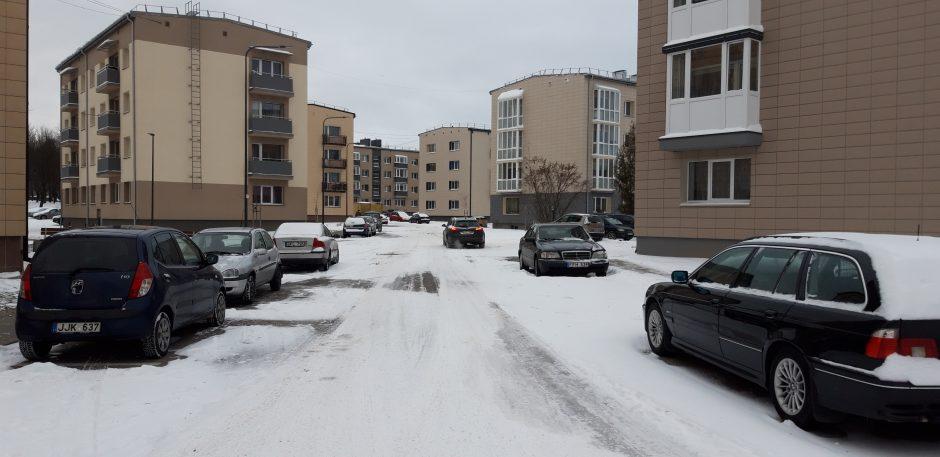 Įpykę M. Riomerio gatvės gyventojai: namai renovuoti, o baisi aikštelė netvarkoma