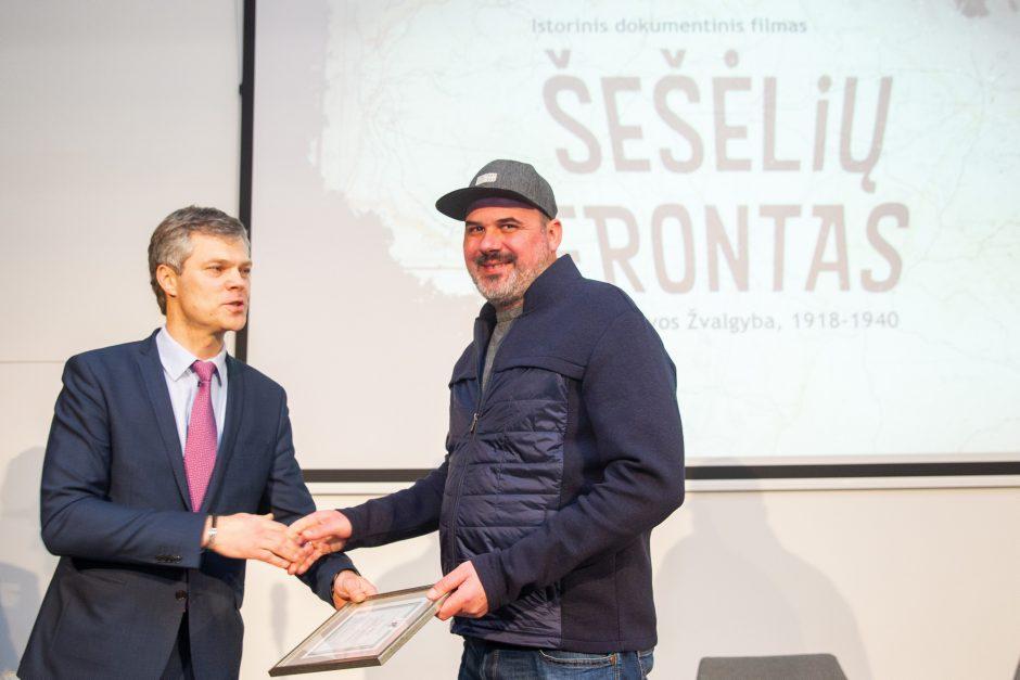 """Istorinio dokumentinio filmo """"Šešėlių frontas"""" premjera"""