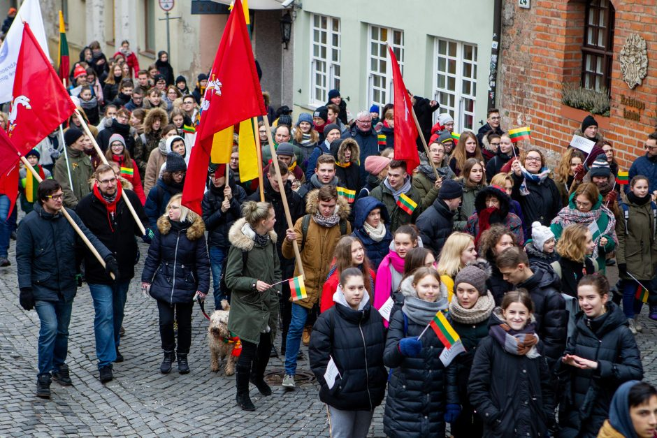 Pasipuošęs Vilnius švenčia 101-uosius Nepriklausomybės atkūrimo metus