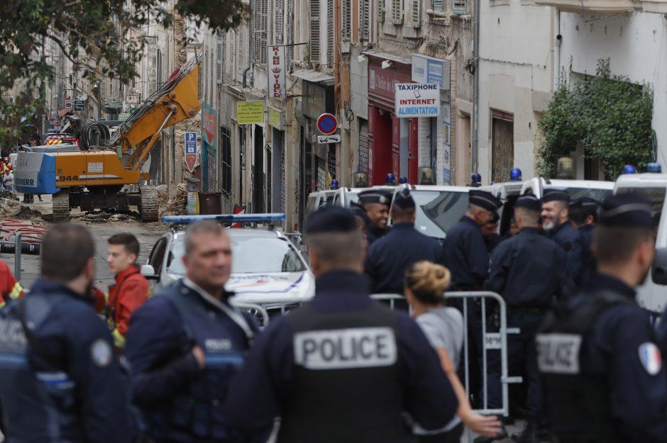 Prancūzija: pastatų griūties Marselyje aukų skaičius išaugo iki septynių žmonių