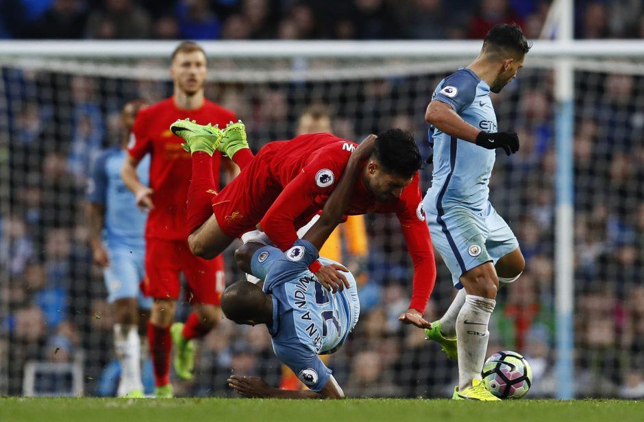"""""""Manchester City"""" ir """"Liverpool"""" Anglijoje pasidalijo po tašką"""