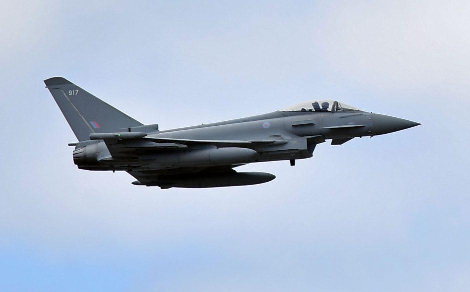 Ispanijos naikintuvas per klaidą paleido virš Estijos kovinę raketą
