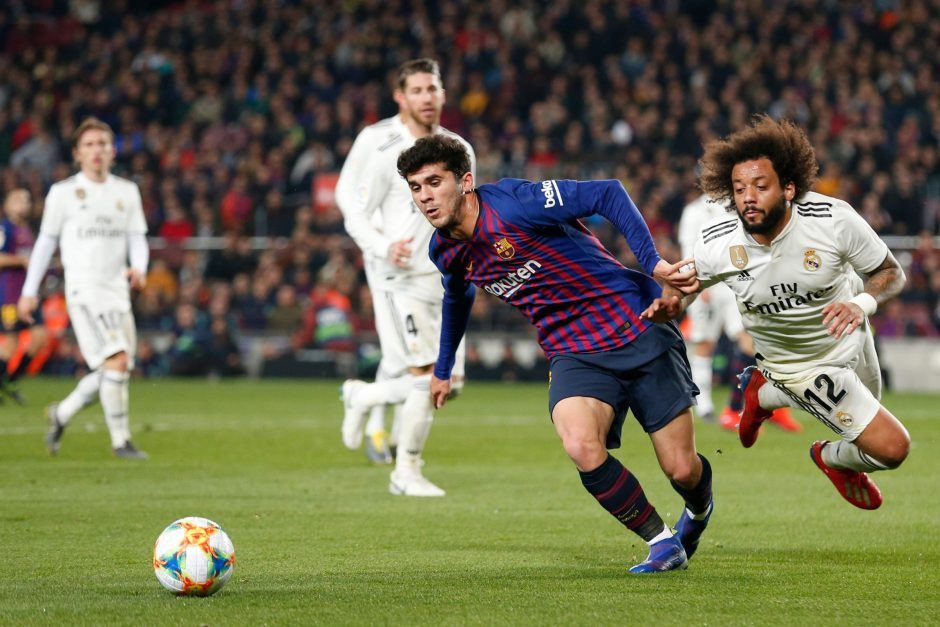 """Ispanijos futbolo taurės pusfinalyje """"Barcelona"""" ir """"Real"""" sužaidė lygiosiomis"""