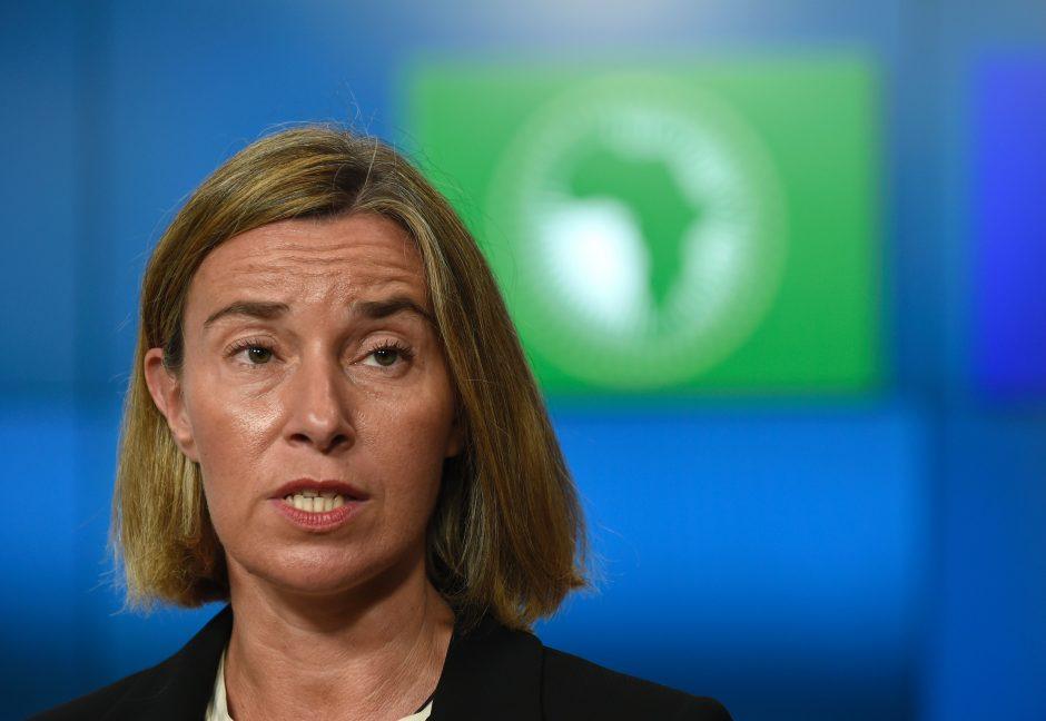 Britanija yra įsitikinusi, kad ES pritars karinės vadavietės steigimo planui