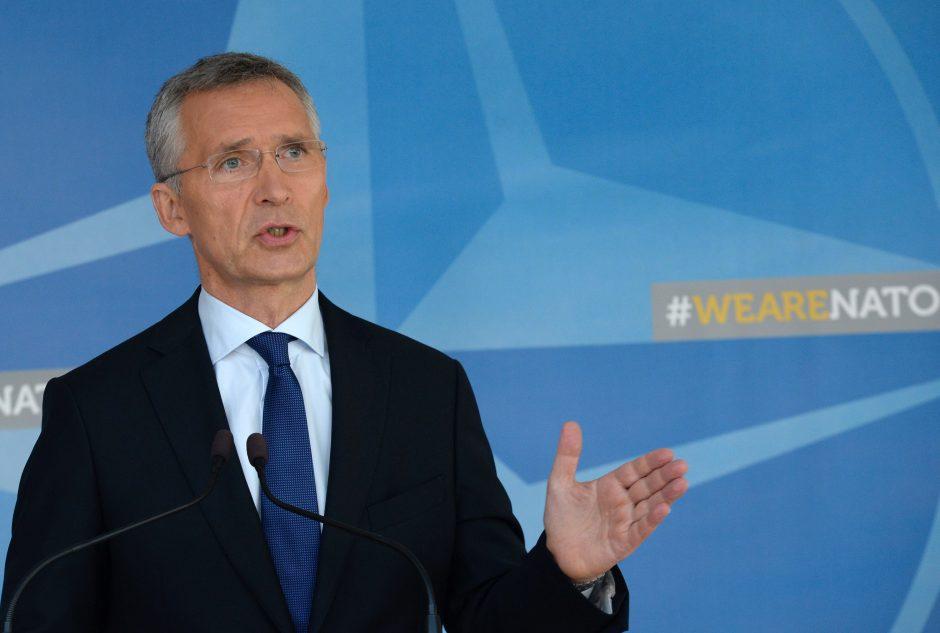 NATO perspėja Rusiją laikytis savo pratybų pažadų