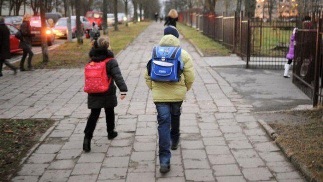 Mokiniams už vežimą į mokyklą Vilniaus savivaldybė kompensuos pagal naują tvarką