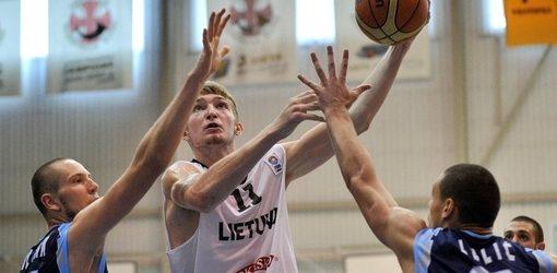 Jaunių rinktinė sutriuškino Bosnijos krepšininkus ir grupėje užėmė trečiąją vietą