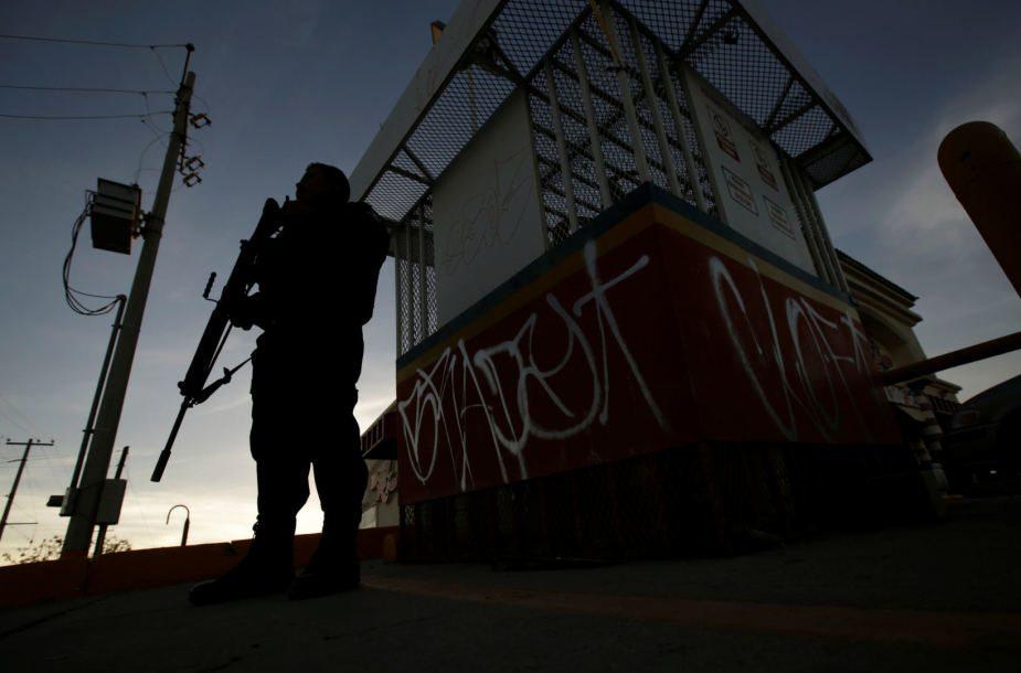 Šiaurės Meksikoje po įtariamo narkotikų grupuočių konflikto rasta daugybė kūnų