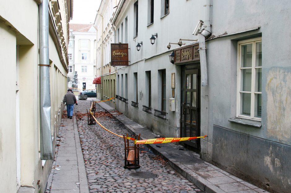 """Vilniaus centre esančiame klube """"Brodvėjus"""" šiąnakt kilo gaisras"""