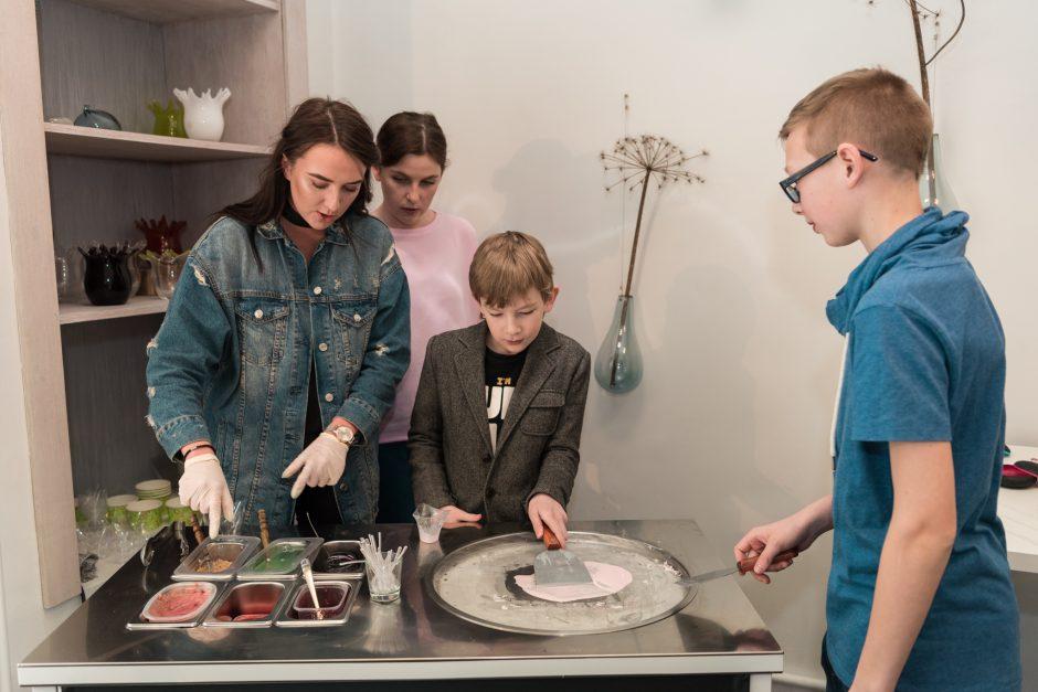 """L. Dailidėnienė pristatė naujausią papuošalų kolekciją """"a Wish"""""""