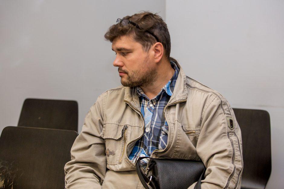 Kyšininkavusiam Kauno policininkui skirta tūkstantinė bauda