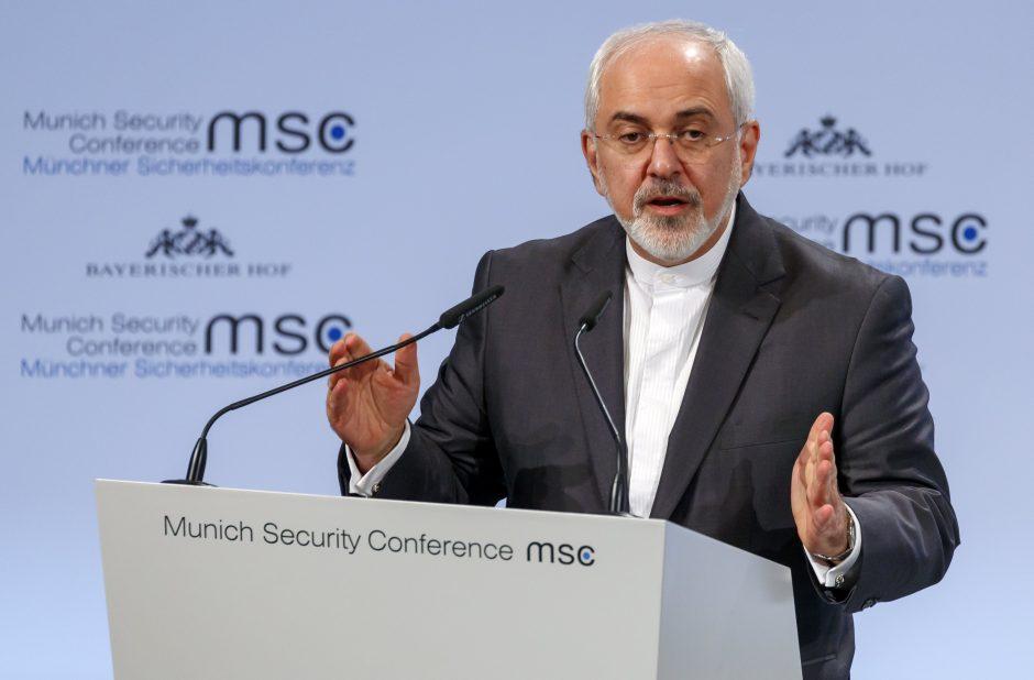 """Irano ministras """"cirku"""" pavadino B. Netanyahu kalbą Miuncheno saugumo konferencijoje"""