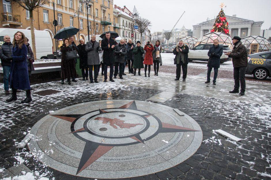 Vilniaus kompasas – Radvilos Našlaitėlio atminimui