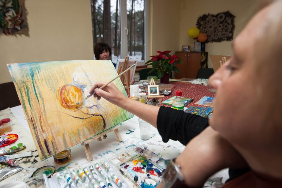 Dailės terapija gydo sielos žaizdas