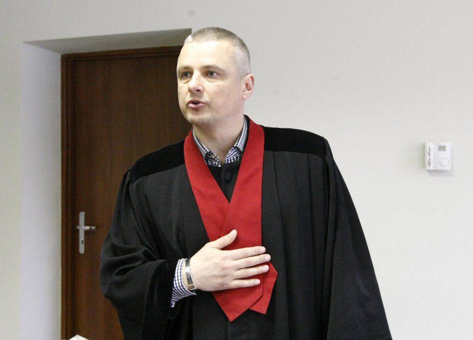 A. Buikio teisme – kaltinamųjų slėpynės