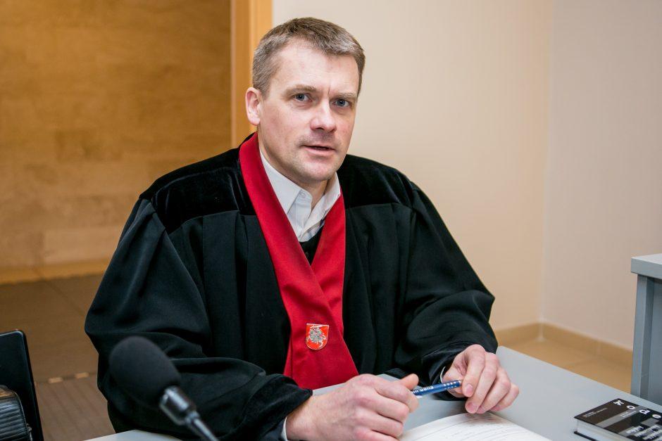 Sukčiavimu kaltinamų medikų teismas