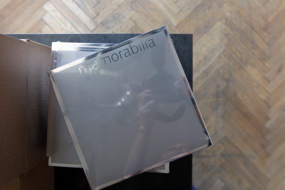 Albume – perkuriama ir perkurianti atmintis