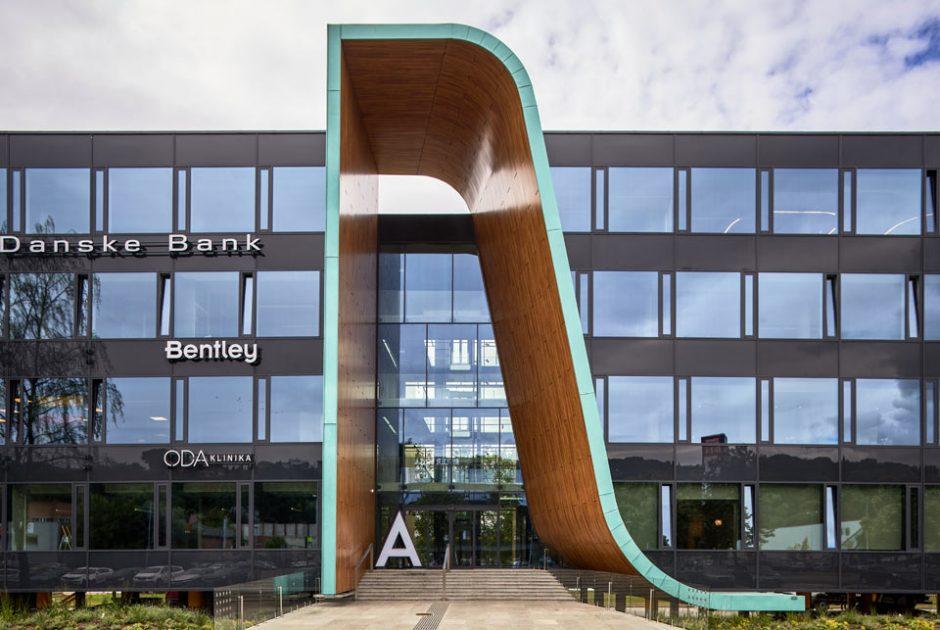 Kaune atidarytas pirmasis Lietuvoje upės vandeniu aušinamas verslo centras