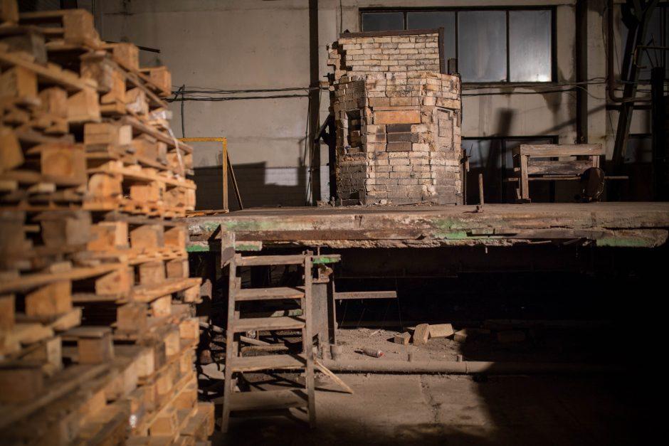 Stiklo fabrike menininkai atgaivins istoriją