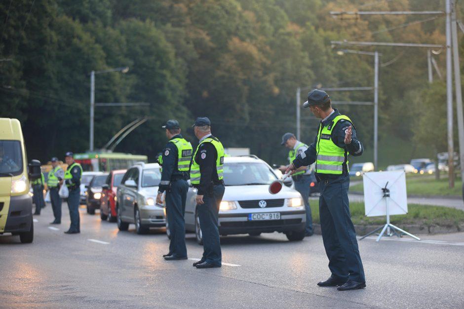 Sunkus pirmadienis: Kauno policija masiškai tikrino vairuotojų blaivumą