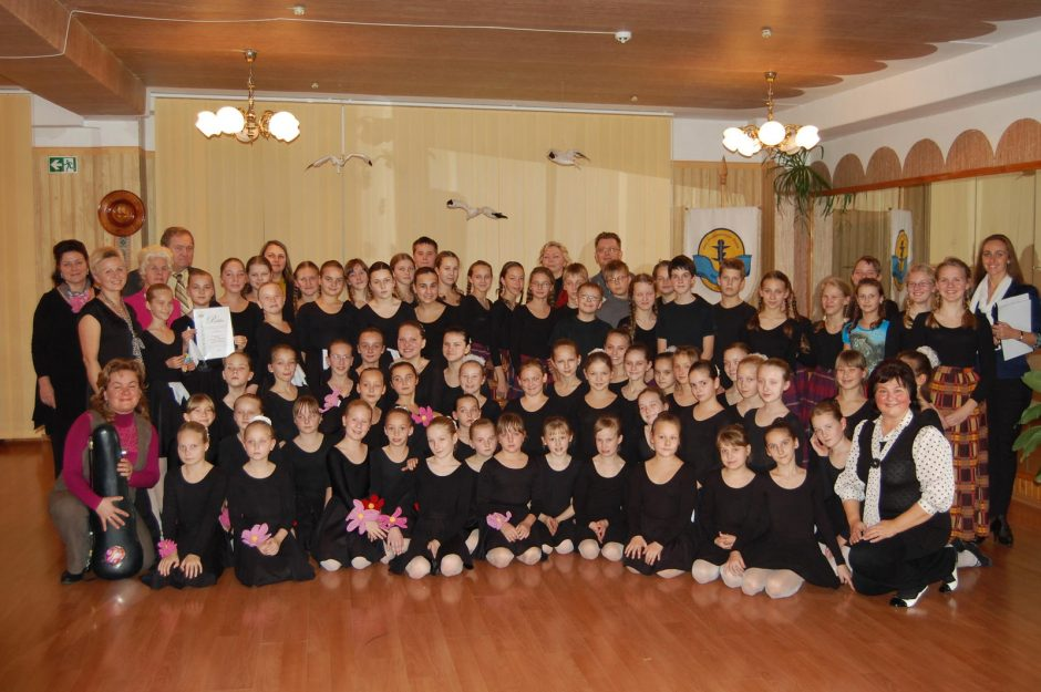 """Mažųjų šokėjėlių festivalis Klaipėdoje baigsis su """"Inkarėliu"""""""