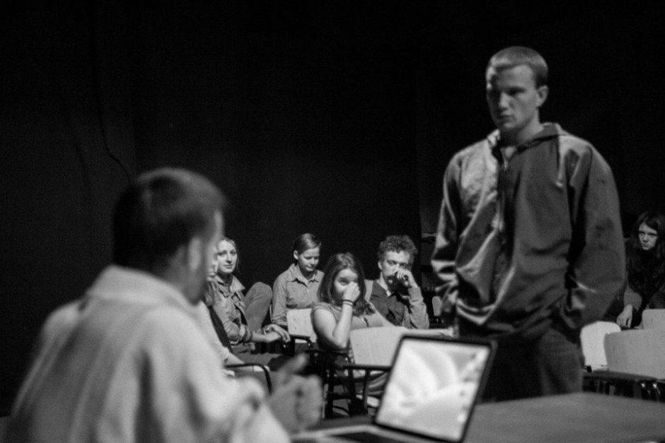 Klaipėdos jaunimo teatro premjera: aštru, skaudu, būtina