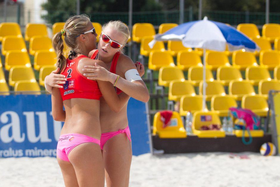I. Dumbauskaitė ir M. Povilaitytė Europos paplūdimio tinklinio čempionate liko ketvirtos