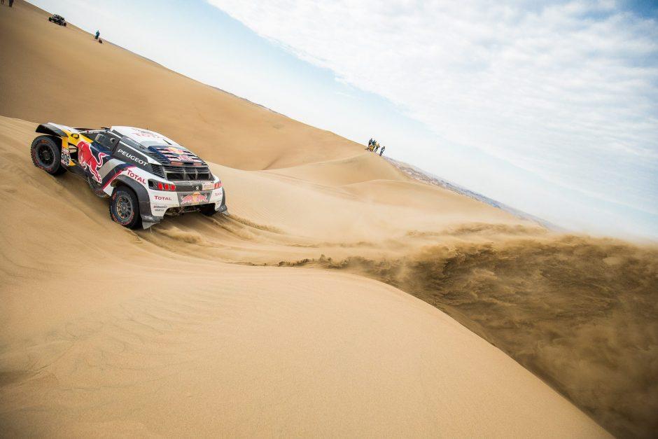 Dakaras po ketvirto etapo: lyderiai toliau klimpsta smėlyje