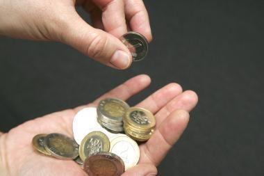 Ministerijos perkamoms teisininkų, finansininkų ir mokslininkų paslaugoms numato 16 mln. litų daugiau nei pernai