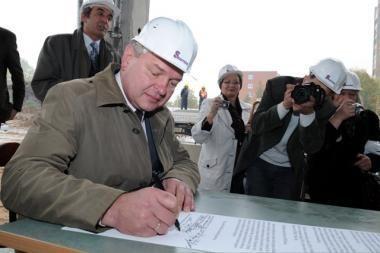Alytaus miesto savivaldybės tarbos opozicija užsimojo perimti valdžią į savo rankas