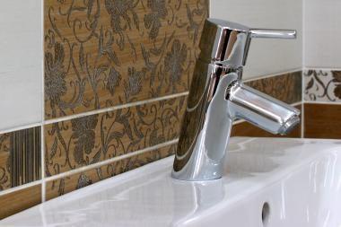 Priešinamasi skaidriai karšto vandens apskaitos tvarkai?