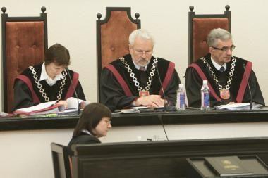 Konstitucinis Teismas skelbs išaiškinimą dėl nelietuviškų pavardžių rašymo