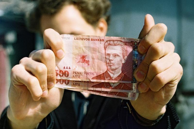 Verslininkas įtariamas nedeklaravęs daugiau nei 1 mln. litų mokesčio