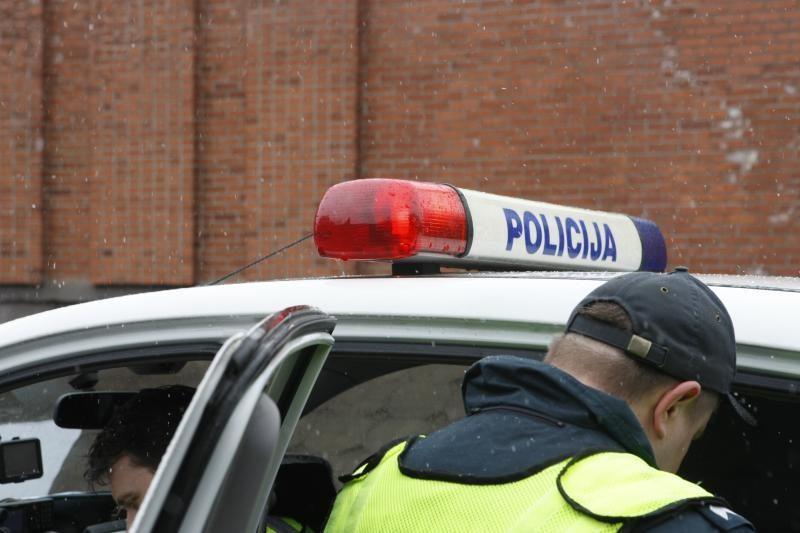 D. Barakauskas: nuo gegužės atlyginimai policininkams nedidės