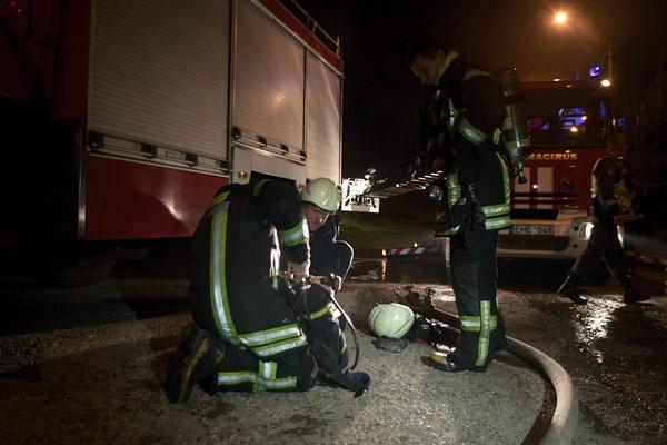Naktį Klaipėdos rajone sudegė du automobiliai