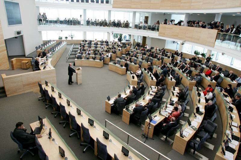 """Seimas neprieštaravo įstatymams dėl """"Snoro"""" pertvarkymo"""