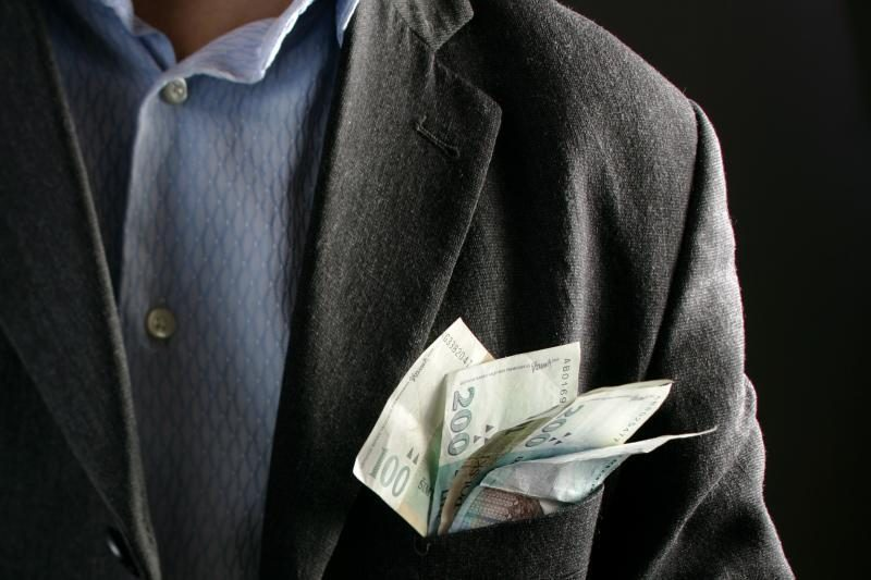 Teismas nubaudė iš socialinių pašalpų gyvenusį milijonierių