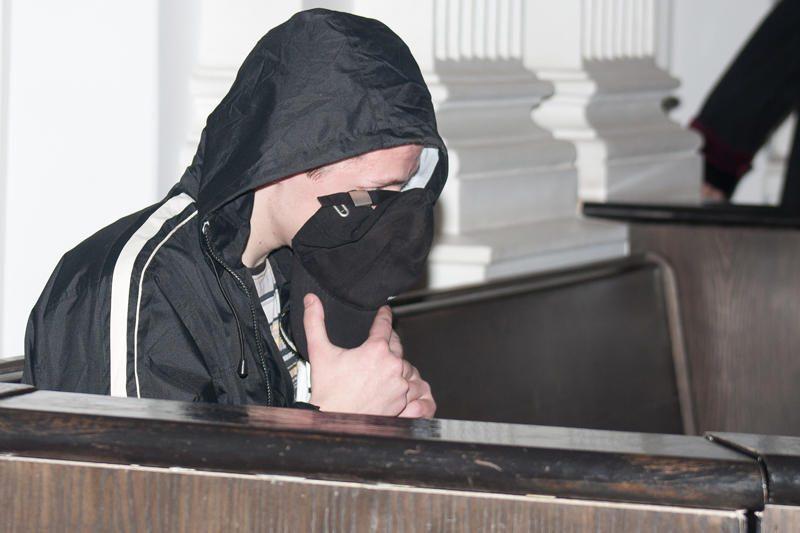 Prieš teismą stojo kaltinamasis Vilniaus seksualinis maniakas