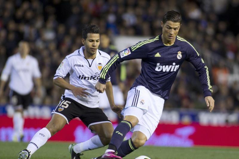"""C.Ronaldo nulėmė """"Real"""" pergalę, portugalas aplenkė L.Messi (lentelė)"""