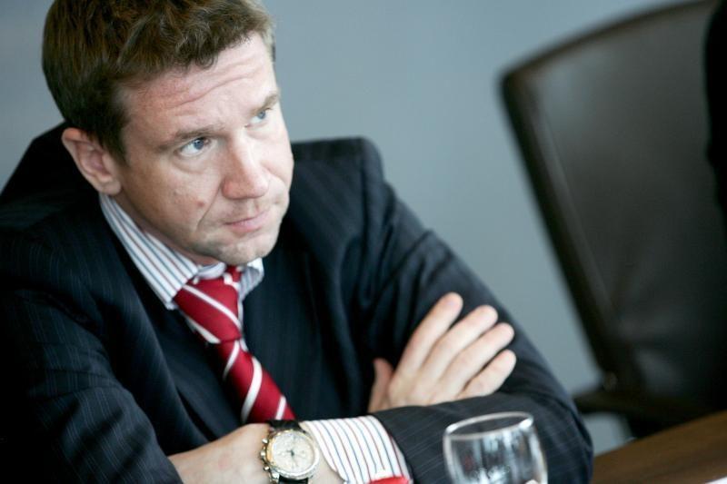 """V.Antonovui priklausė dalis """"airBaltic"""" akcijų"""