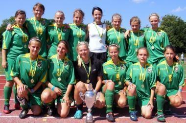 Futbolininkės skynė pergales Danijoje
