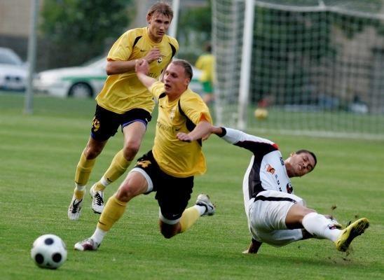 Futbolininkų transferai keliasi į elektroninę erdvę