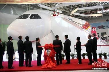 Kinija konstruos konkurentą Boeing ir Airbus laineriams