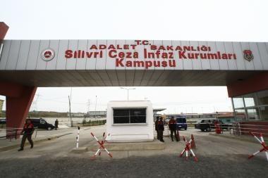 Turkijoje teisiami perversmo organizatoriai