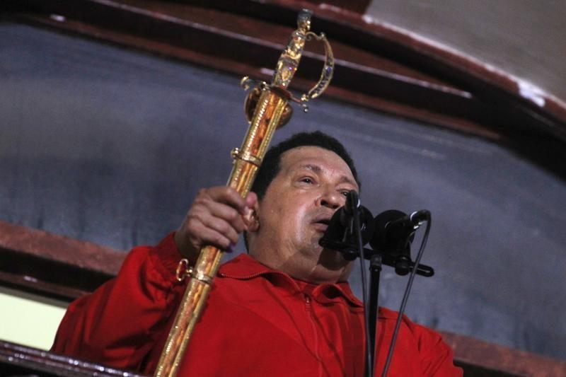 """H. Chavezas """"Twitter"""" paskelbė, kad grįžo į Venesuelą"""