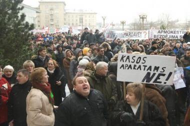 Mitingo prie Seimo organizatoriui gresia areštas (papildyta)