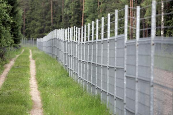 Pas vyrą Kaliningrade vykusi lietuvė taranavo užtvarus pasienyje