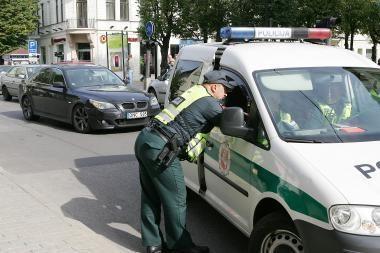 Per Jonines policininkai tikrins vairuotojų blaivumą